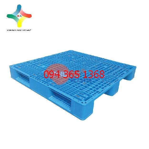 Pallet nhựa EN4- 1212