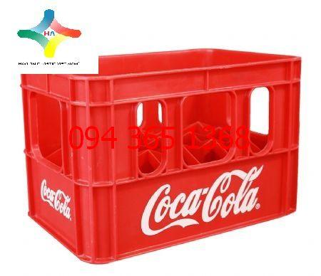Két nước ngọt Coca Cola