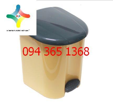 Thùng rác nhựa 10416